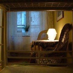 Отель Hostelik Wiktoriański Стандартный номер с 2 отдельными кроватями (общая ванная комната) фото 2