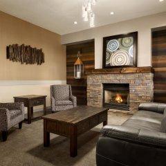 Отель Days Inn & Suites by Wyndham Brooks интерьер отеля