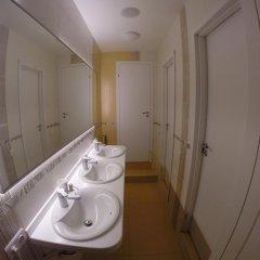 Гостиница HQ Hostelberry Кровать в общем номере с двухъярусной кроватью фото 43