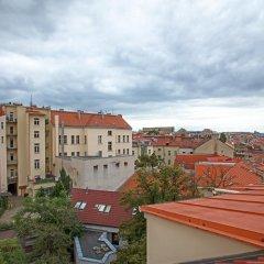 Отель Jump In Hostel Чехия, Прага - 2 отзыва об отеле, цены и фото номеров - забронировать отель Jump In Hostel онлайн балкон