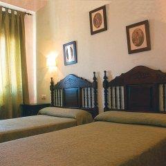 Отель Hostal Macami Стандартный номер с различными типами кроватей фото 3