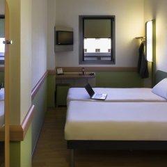 Отель Ibis Budget Madrid Calle 30 Испания, Мадрид - отзывы, цены и фото номеров - забронировать отель Ibis Budget Madrid Calle 30 онлайн комната для гостей фото 3