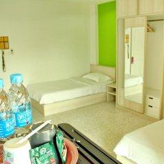 Отель The Fifth Residence 3* Улучшенный номер с 2 отдельными кроватями фото 2