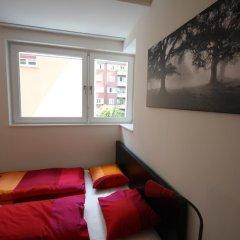 Апартаменты HITrental Badenerstrasse Apartments интерьер отеля