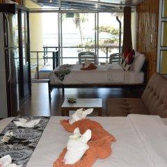 2W Beach Hostel Стандартный семейный номер фото 2