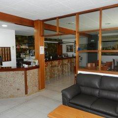 Отель Hostal El Castell гостиничный бар