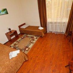Гостиница Алтынай Стандартный номер 2 отдельные кровати фото 3