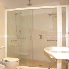 Отель Villa Mar Испания, Кала-эн-Бланес - отзывы, цены и фото номеров - забронировать отель Villa Mar онлайн ванная
