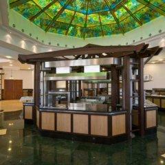 Отель Emerald Resort Studios Равда гостиничный бар
