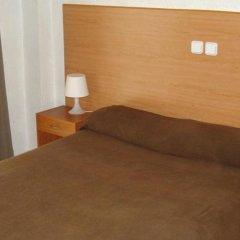 Отель Pension Santa Fe Испания, Фуэнхирола - отзывы, цены и фото номеров - забронировать отель Pension Santa Fe онлайн комната для гостей