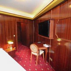 Отель Herzog-Wilhelm - Der Tannenbaum Германия, Мюнхен - отзывы, цены и фото номеров - забронировать отель Herzog-Wilhelm - Der Tannenbaum онлайн комната для гостей фото 2