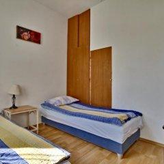 Апартаменты Trakų Street Apartment Вильнюс комната для гостей фото 3