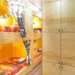 Хостел InDaHouse Кровать в женском общем номере фото 9