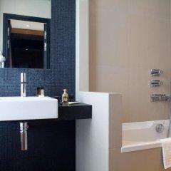 Hotel Marceau Champs Elysees 3* Номер Делюкс с различными типами кроватей
