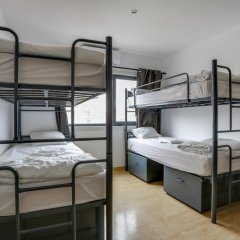 Hans Brinker Hostel Lisbon Кровать в общем номере с двухъярусной кроватью фото 9