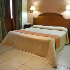 Отель Santiago De Compostela Hotel Мексика, Гвадалахара - отзывы, цены и фото номеров - забронировать отель Santiago De Compostela Hotel онлайн комната для гостей фото 3