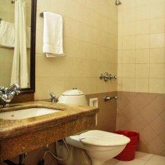 Отель Pee Fifty One House ванная