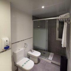 Отель Apartamentos Neptuno ванная фото 2