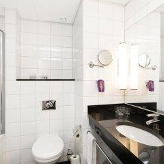 Отель Park Inn By Radisson Stockholm Hammarby Sjöstad Швеция, Стокгольм - 12 отзывов об отеле, цены и фото номеров - забронировать отель Park Inn By Radisson Stockholm Hammarby Sjöstad онлайн ванная