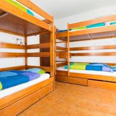 Отель Baleal Surf Camp Кровать в общем номере двухъярусные кровати фото 8