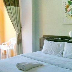 Отель Baan Tonnam Guesthouse комната для гостей