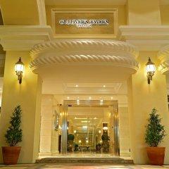 Gulliver`S Tavern Hotel Бангкок вид на фасад