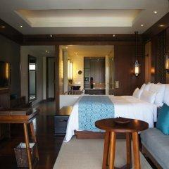 Отель Anantara Sanya Resort & Spa 5* Номер Премьер с различными типами кроватей фото 4