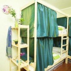 Грин Хостел Кровать в мужском общем номере с двухъярусными кроватями фото 4