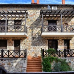 Отель Zachariou Stone Villas