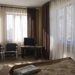 Отель Akmaral Кыргызстан, Каракол - отзывы, цены и фото номеров - забронировать отель Akmaral онлайн комната для гостей фото 3