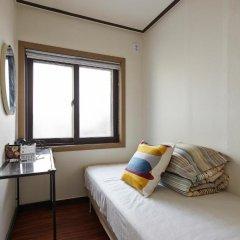 Отель Jiwoljang Guest House 2* Стандартный номер фото 3
