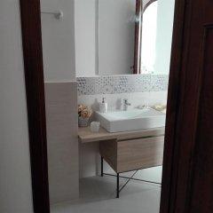 Отель villa teocles Джардини Наксос ванная