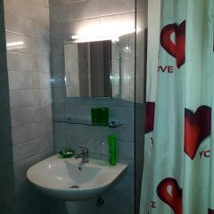 Hotel Pernoca Дуррес ванная