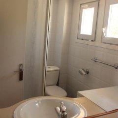 Апартаменты La Madrague Apartments Курорт Росес ванная фото 2