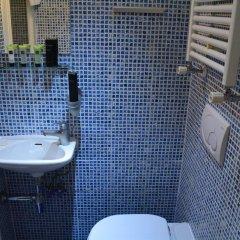 Отель Studios 2 Let North Gower ванная фото 2