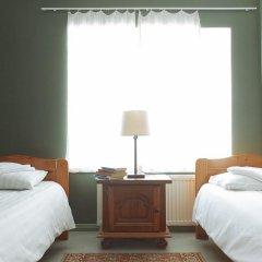 Old Town Munkenhof Guesthouse - Hostel Стандартный номер с 2 отдельными кроватями (общая ванная комната) фото 2