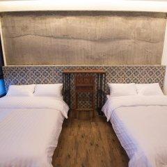 Отель Glur Bangkok Стандартный номер разные типы кроватей (общая ванная комната) фото 4