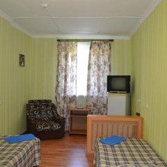 Гостиница Туапсе Номер категории Эконом с различными типами кроватей фото 2