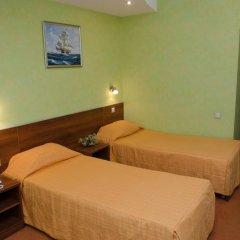 Adelfiya Hotel 2* Номер Комфорт с двуспальной кроватью