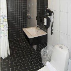 First Hotel Fridhemsplan 3* Улучшенный номер с различными типами кроватей фото 4