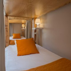 Passport Lisbon Hostel 2* Кровать в общем номере фото 6