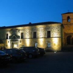 Отель Casa de Aldea La Casona de Los Valles парковка