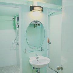 Отель Jaidee Hostel Таиланд, Бангкок - отзывы, цены и фото номеров - забронировать отель Jaidee Hostel онлайн ванная