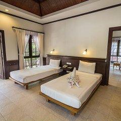 Отель Coco Palm Beach Resort 3* Улучшенное бунгало с различными типами кроватей