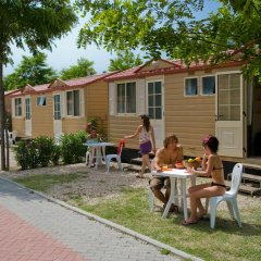 Отель Camping Village Roma Бунгало с различными типами кроватей фото 7