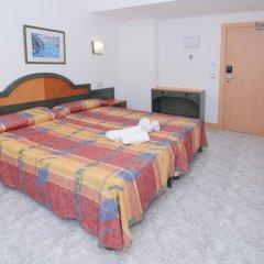 Отель Hostal Rosalia Стандартный номер с различными типами кроватей