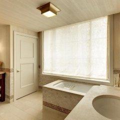 Отель The St. Regis Washington, D.C. 5* Улучшенный номер с различными типами кроватей фото 4
