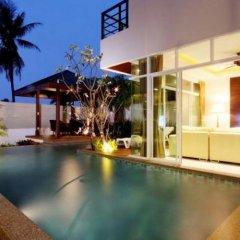 Отель Seetrough Villas бассейн