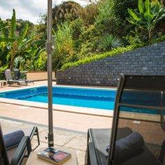 Отель Villa Ricardo бассейн