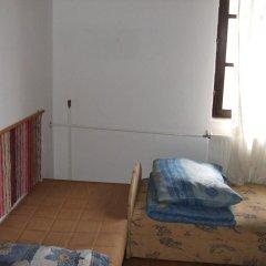 Гостиница Vizimalom Kemping, Panzió és Étterem Стандартный семейный номер с двуспальной кроватью (общая ванная комната)